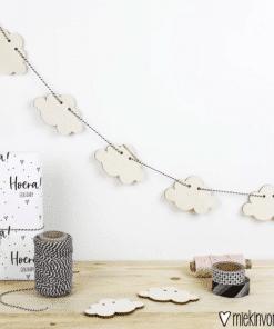Houtenslinger wolken - Kinderkamer decoratie