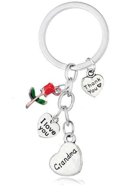 Sleutelhanger - Cadeau voor oma - Moederdag cadeau - Cadeau voor oma - Oma cadeau - Naam cadeau - Gepersonaliseerd cadeau