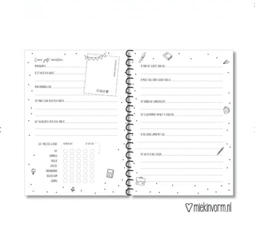 Invulboek || De klas van juf/meester| Gepersonaliseerd met naam - Einde schooljaar cadeau - Cadeau juf of meester - Juffendag cadeau