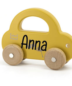Label Label - Kleine Auto Ocre - met naam - Gepersonaliseerd cadeau - Naam cadeau - Kraam cadeau - Geboorte cadeau - Gepersonaliseerd speelgoed
