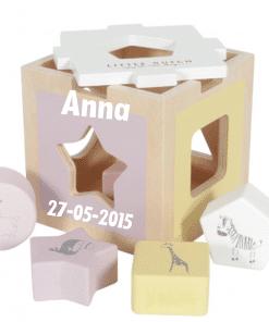Little Dutch - Houten Vormenstoof met naam - Kraam cadeau - geboorte cadeau - gepersonaliseerd speelgoed- Naam cadeau